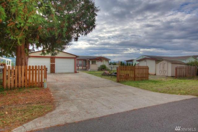 13613 Cedar Cir E, Bonney Lake, WA 98391 (#1369033) :: Chris Cross Real Estate Group