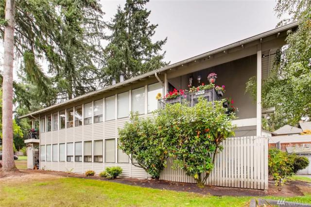 1608 149th Place SE #4, Bellevue, WA 98007 (#1369293) :: Real Estate Solutions Group