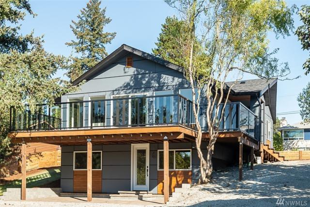 10239 26th Ave SW, Seattle, WA 98146 (#1369535) :: The DiBello Real Estate Group