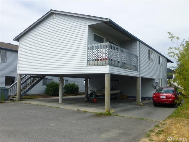 901 27th St, Anacortes, WA 98221 (#1370129) :: Real Estate Solutions Group