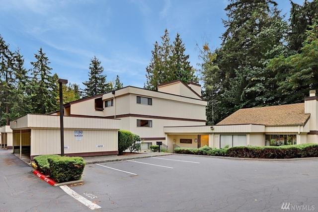 13735 15th Ave NE A-16, Seattle, WA 98125 (#1370168) :: Real Estate Solutions Group