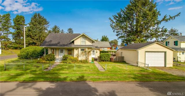 1104 45th Place, Seaview, WA 98644 (#1371487) :: Kwasi Bowie and Associates