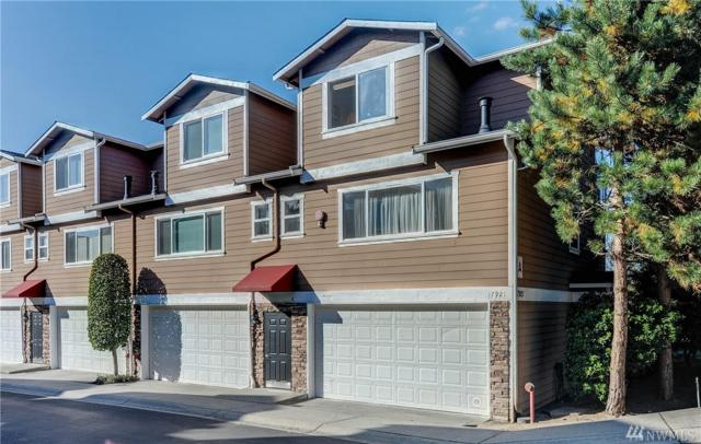 17921 80th Ave NE A-8, Kenmore, WA 98028 (#1371586) :: Mike & Sandi Nelson Real Estate