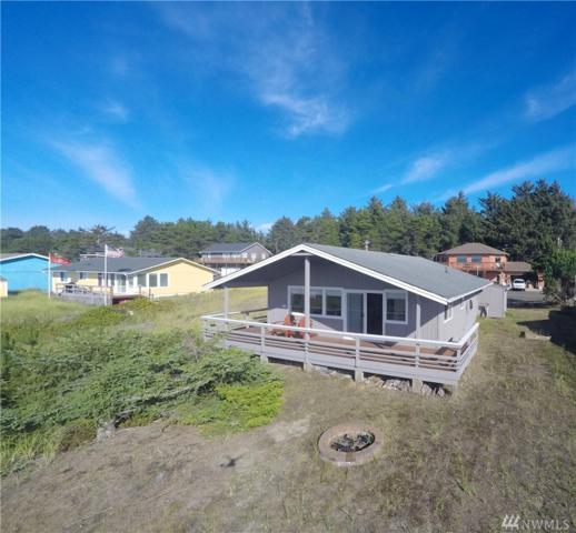 32301 J Place, Ocean Park, WA 98640 (#1371826) :: Kwasi Bowie and Associates