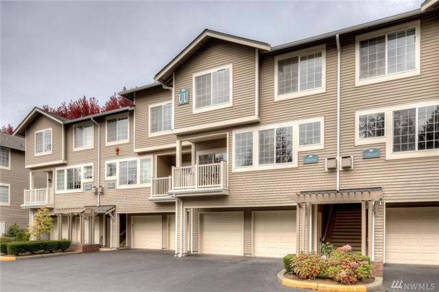 18664 NE 55th Wy Uu, Redmond, WA 98052 (#1372198) :: Real Estate Solutions Group