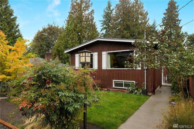 842 NE 102nd St, Seattle, WA 98125 (#1372489) :: Real Estate Solutions Group