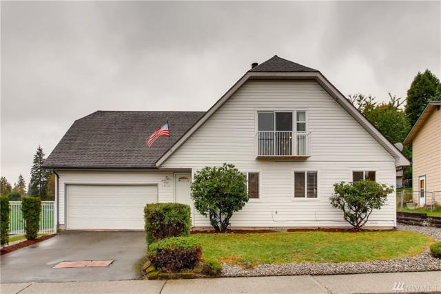 1912 Lake Youngs Wy SE, Renton, WA 98058 (#1373638) :: Real Estate Solutions Group