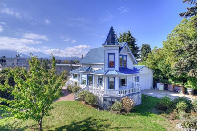 220 N Albert St, Port Angeles, WA 98362 (#1373877) :: Alchemy Real Estate