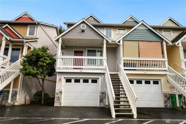 1814 I St NE #208, Auburn, WA 98002 (#1373913) :: Real Estate Solutions Group