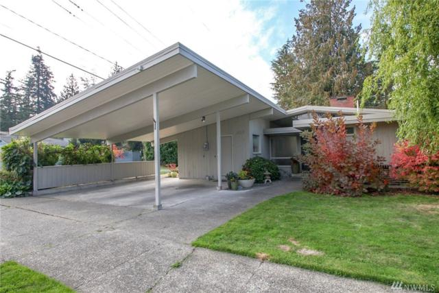 1127 S 10th St, Mount Vernon, WA 98274 (#1374040) :: Kwasi Bowie and Associates