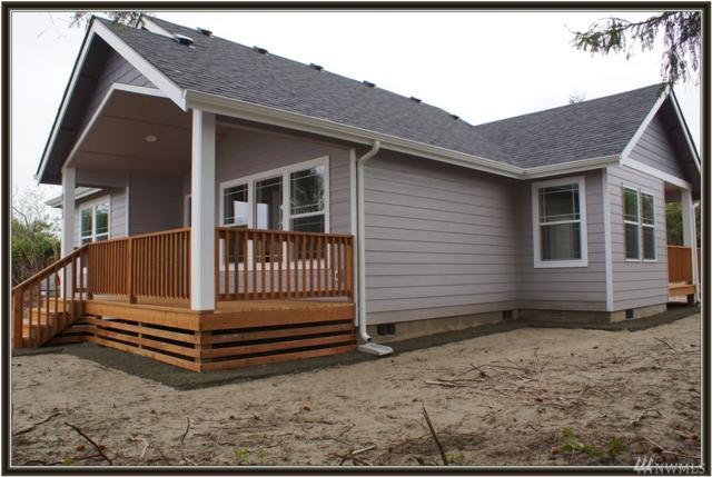 806 Vagabond Ave SW, Ocean Shores, WA 98569 (#1374125) :: Costello Team