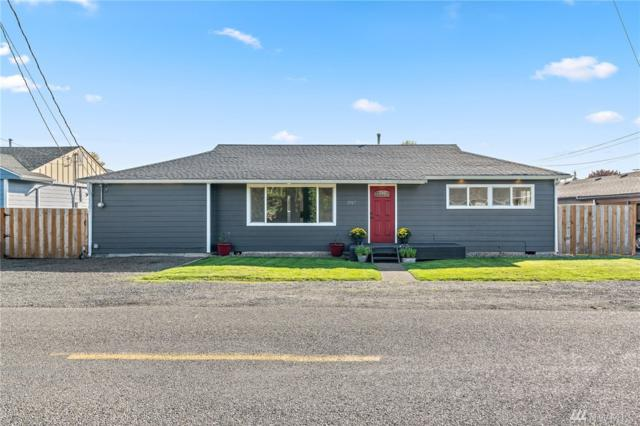 1917 SW Snively Ave, Chehalis, WA 98532 (#1374374) :: Better Homes and Gardens Real Estate McKenzie Group