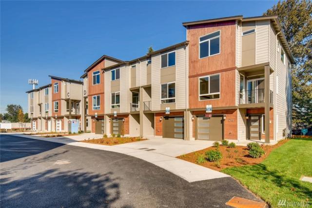 13411 Ash Way D2, Everett, WA 98204 (#1374403) :: Mike & Sandi Nelson Real Estate