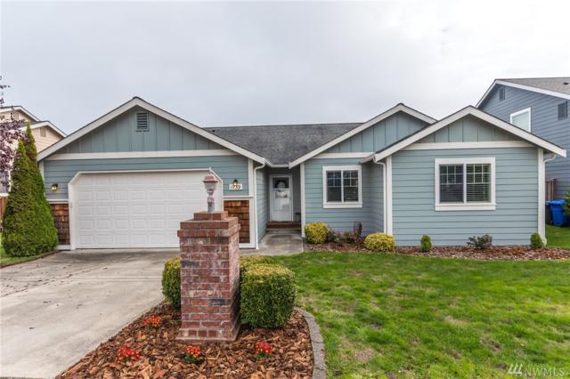 1739 NW Almond Lp, Oak Harbor, WA 98277 (#1374926) :: Ben Kinney Real Estate Team