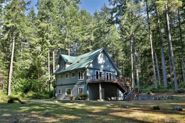 3872 Log Cabin Rd, Clinton, WA 98236 (#1375304) :: Keller Williams Realty