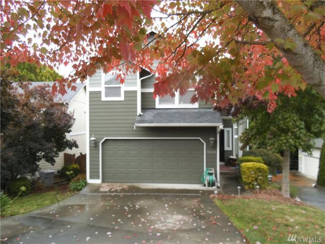 1223 Dayton Place NE, Renton, WA 98056 (#1375780) :: Ben Kinney Real Estate Team