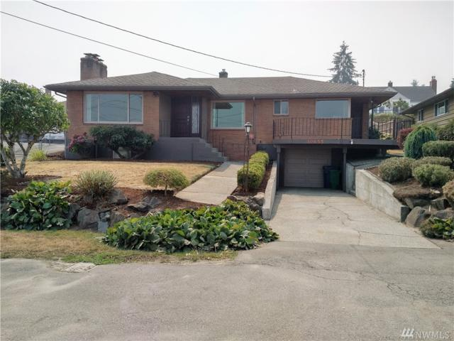 10655 Forest St S, Seattle, WA 98178 (#1375807) :: Costello Team