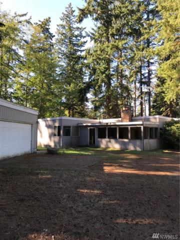 923 NW Camano Dr, Camano Island, WA 98282 (#1376384) :: Real Estate Solutions Group