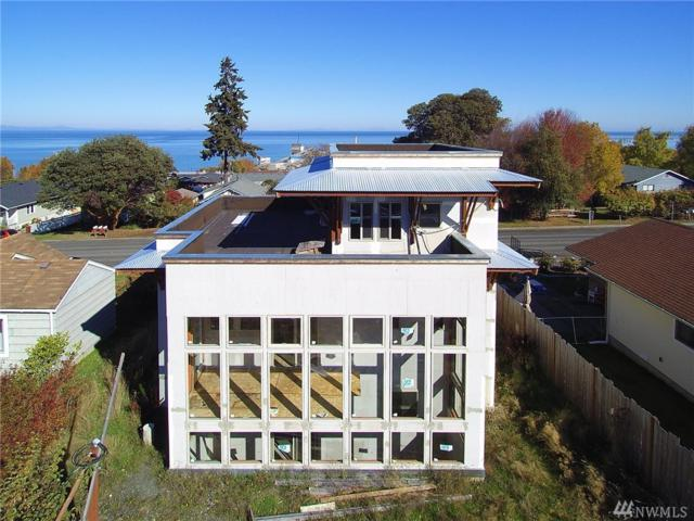 1816 W 5th St, Port Angeles, WA 98363 (#1376398) :: Icon Real Estate Group