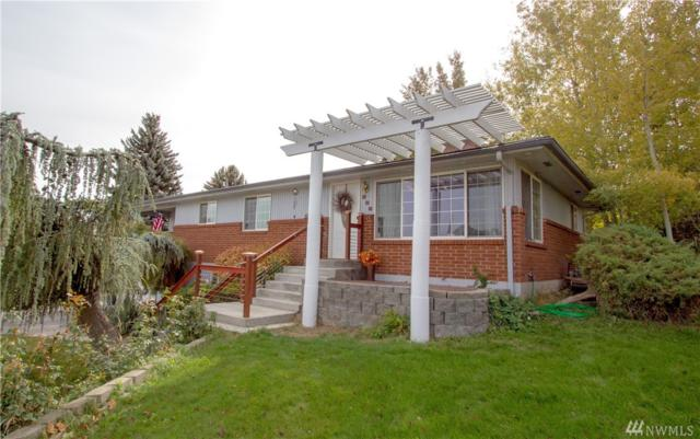 906 W Naches Ave, Selah, WA 98942 (#1376649) :: Homes on the Sound