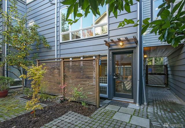 4741 36th Ave S B, Seattle, WA 98118 (#1376679) :: Better Homes and Gardens Real Estate McKenzie Group