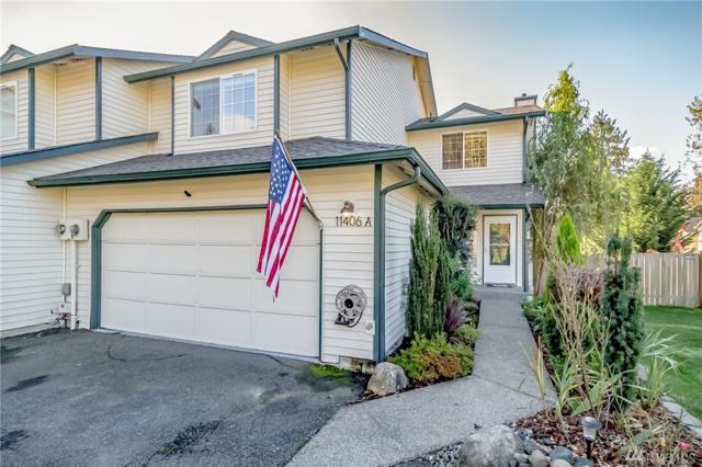 11406 22nd St SE A, Lake Stevens, WA 98258 (#1376750) :: Ben Kinney Real Estate Team