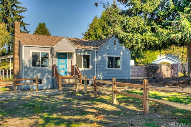 704 SW 126th St, Burien, WA 98146 (#1376836) :: Crutcher Dennis - My Puget Sound Homes