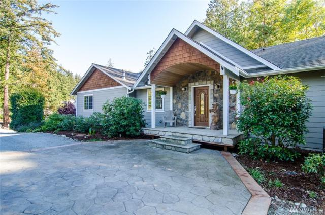581 W Camano Hill Rd, Camano Island, WA 98282 (#1377135) :: Ben Kinney Real Estate Team