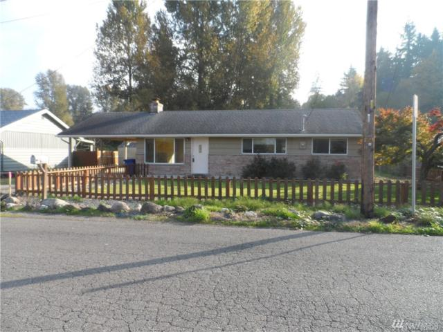 2520 12th Ave SE, Puyallup, WA 98371 (#1377738) :: Brandon Nelson Partners