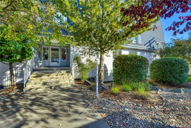 910 34th Street #103, Anacortes, WA 98221 (#1378148) :: The Home Experience Group Powered by Keller Williams