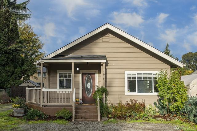 13039 57th Ave S, Tukwila, WA 98178 (#1380939) :: The Craig McKenzie Team
