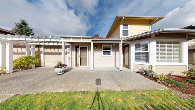22520 SE 37th Terr #1402, Issaquah, WA 98029 (#1381146) :: Real Estate Solutions Group