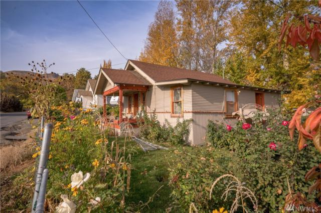 8 Beuzer St, Wenatchee, WA 98801 (#1381399) :: Kimberly Gartland Group