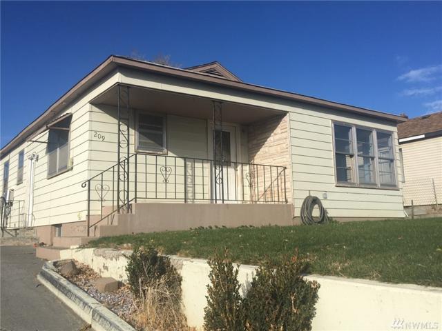 209 Columbia Rd, Ephrata, WA 98823 (#1381440) :: Homes on the Sound
