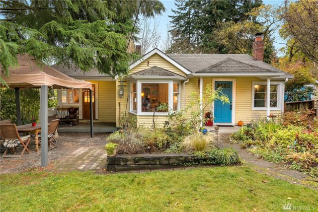 2535 NE 110th St, Seattle, WA 98125 (#1381942) :: The DiBello Real Estate Group
