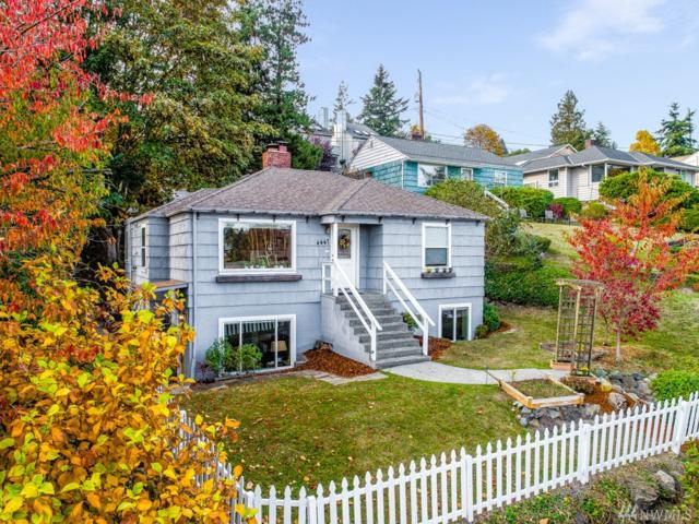 4447 50th Ave SW, Seattle, WA 98116 (#1382121) :: Icon Real Estate Group