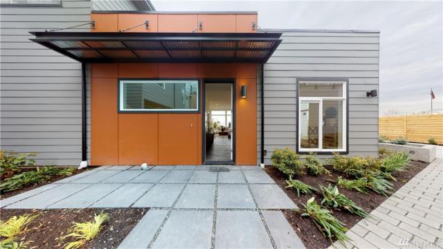2054 SW Charlestown St, Seattle, WA 98106 (#1382574) :: Kimberly Gartland Group