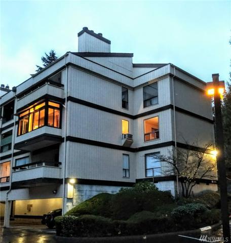 13739 15th Ave NE B3, Seattle, WA 98125 (#1382615) :: Ben Kinney Real Estate Team