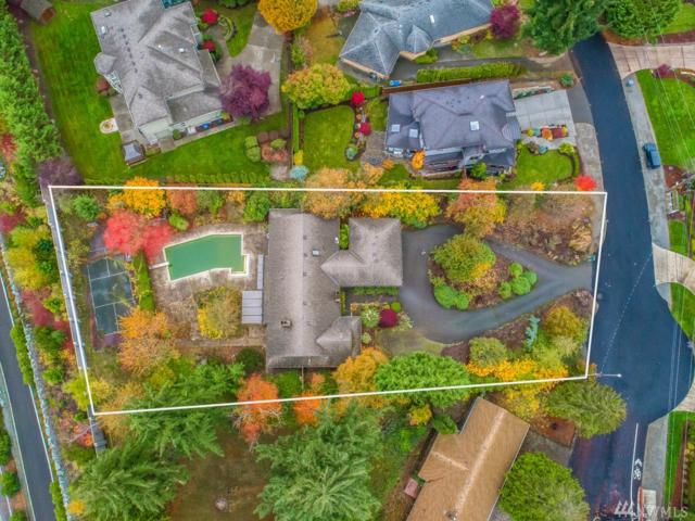 9441 Points Dr NE, Clyde Hill, WA 98004 (#1382902) :: Real Estate Solutions Group