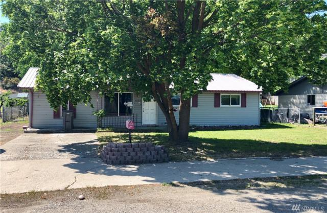 1928 Juniper St, Oroville, WA 98844 (#1383336) :: NW Home Experts
