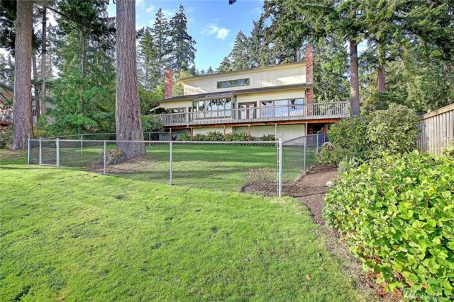 1095 Cavalero Rd, Camano Island, WA 98282 (#1383378) :: Keller Williams Realty Greater Seattle
