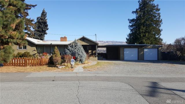 2115 Avenida Wy, Wenatchee, WA 98801 (#1383861) :: Icon Real Estate Group