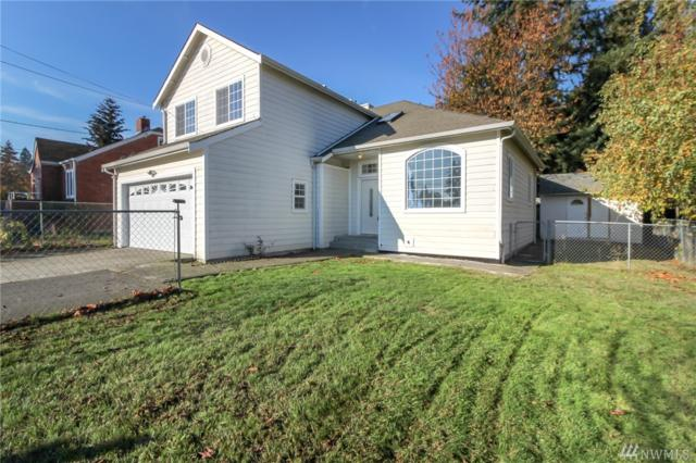 3218 S 152 St, SeaTac, WA 98188 (#1384969) :: The DiBello Real Estate Group