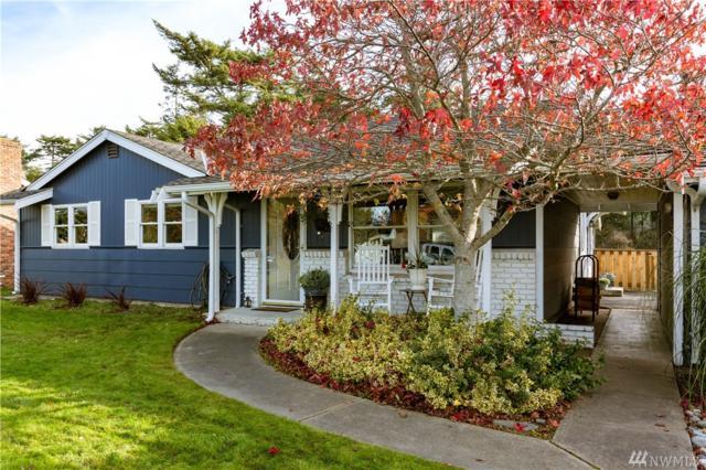 1970 Island View Rd, Oak Harbor, WA 98277 (#1385481) :: Keller Williams Realty Greater Seattle