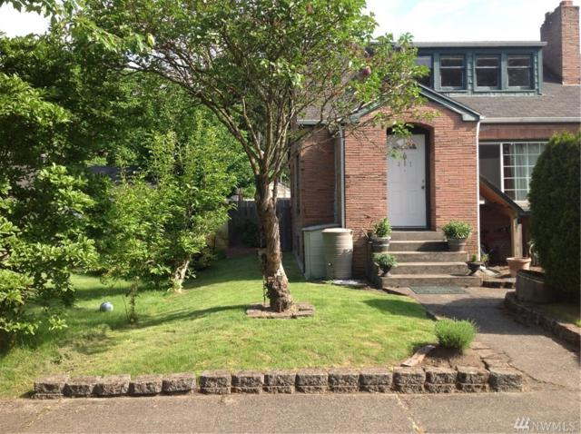 307 7th Ave NW, Puyallup, WA 98371 (#1385522) :: Keller Williams - Shook Home Group