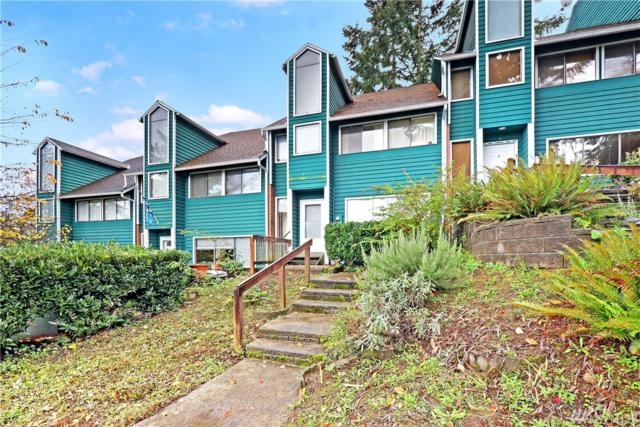 4404 Terrace Dr #3, Everett, WA 98203 (#1385644) :: Chris Cross Real Estate Group