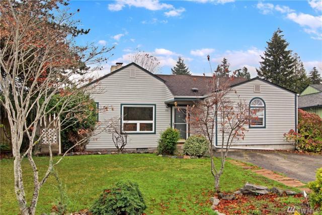 320 42nd St SW, Everett, WA 98203 (#1385806) :: Ben Kinney Real Estate Team