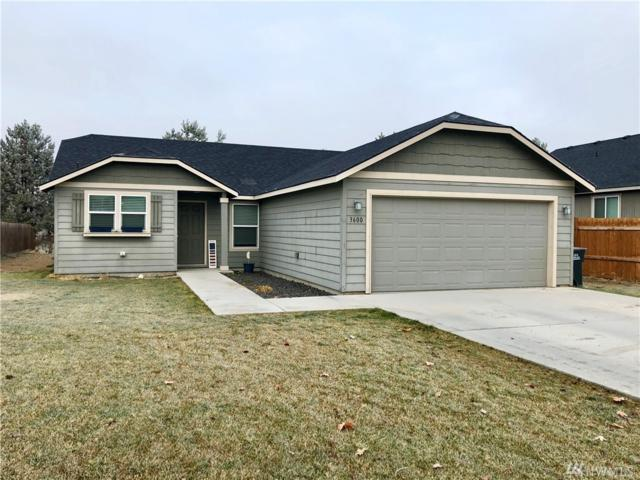 3600 W Everett Place, Moses Lake, WA 98837 (#1385939) :: Keller Williams Realty