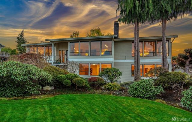 9828 Cherry St, Edmonds, WA 98020 (#1386292) :: Ben Kinney Real Estate Team