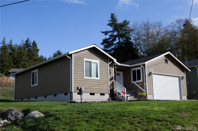 4378 Rhododendron Dr, Oak Harbor, WA 98277 (#1386936) :: Kimberly Gartland Group